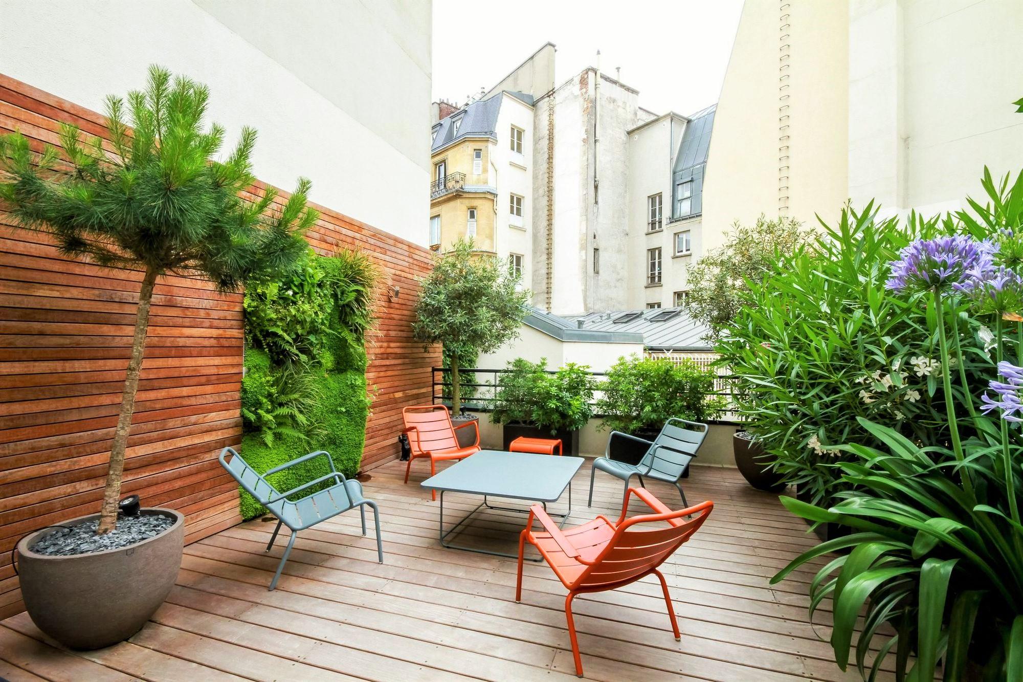Comment Aménager Une Terrasse En Ville ? | 360M2.fr intérieur Amenager Une Grande Terrasse