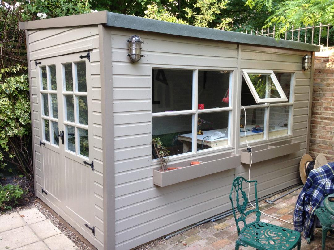 Comment Construire Un Abri De Jardin : Étapes ... pour Abri De Jardin En Dur