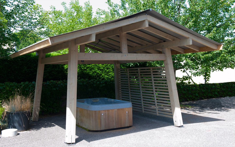 Construction Et Installation D'abri De Spa Sur Mesure ... destiné Abri Bois Exterieur