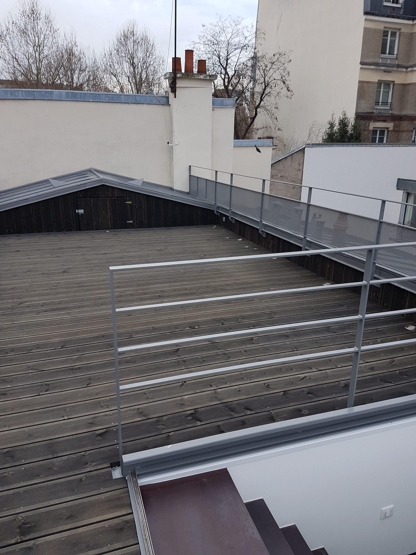 Création D'une Terrasse Sur Le Toit D'un Immeuble Parisien ... dedans Acces Toit Terrasse