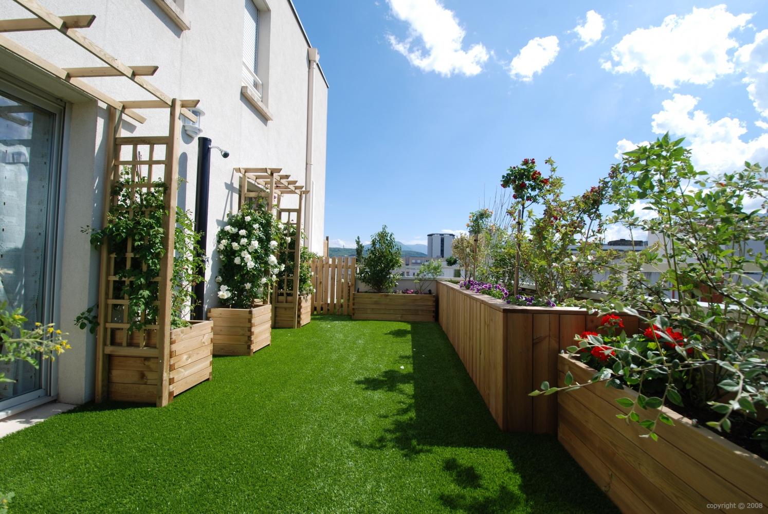 Création Et Aménagement De Terrasses tout Amenager Jardin Rectangulaire