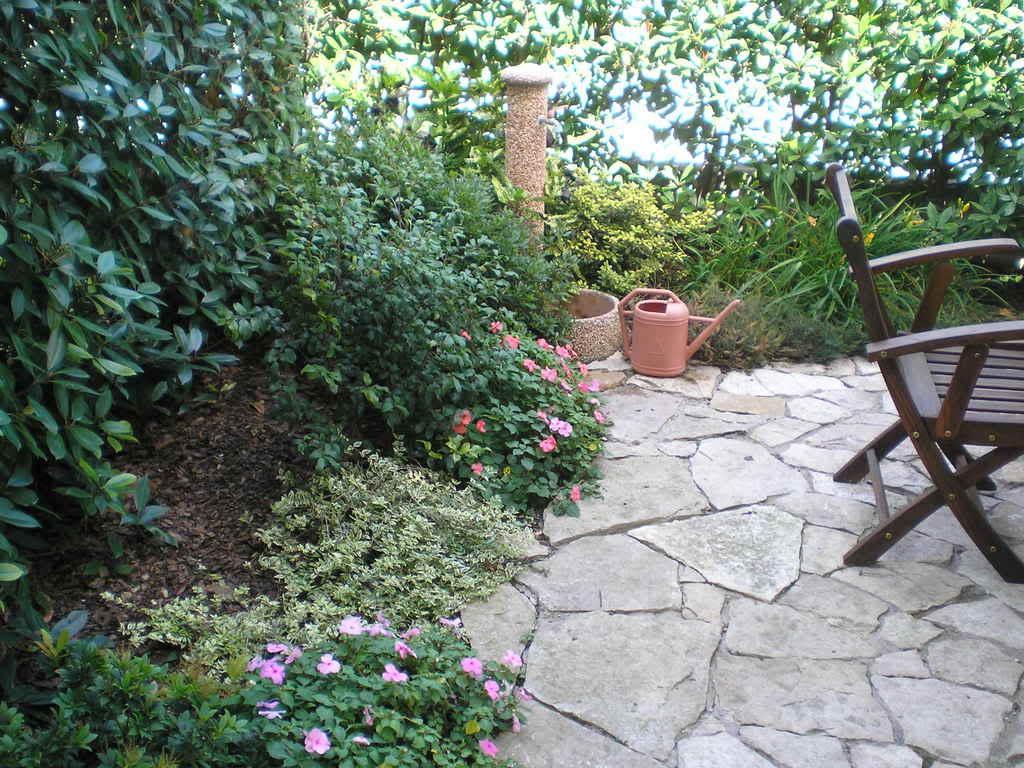 Créer Un Petit Jardin | Pratique.fr encequiconcerne Amanager Un Petit Jardin