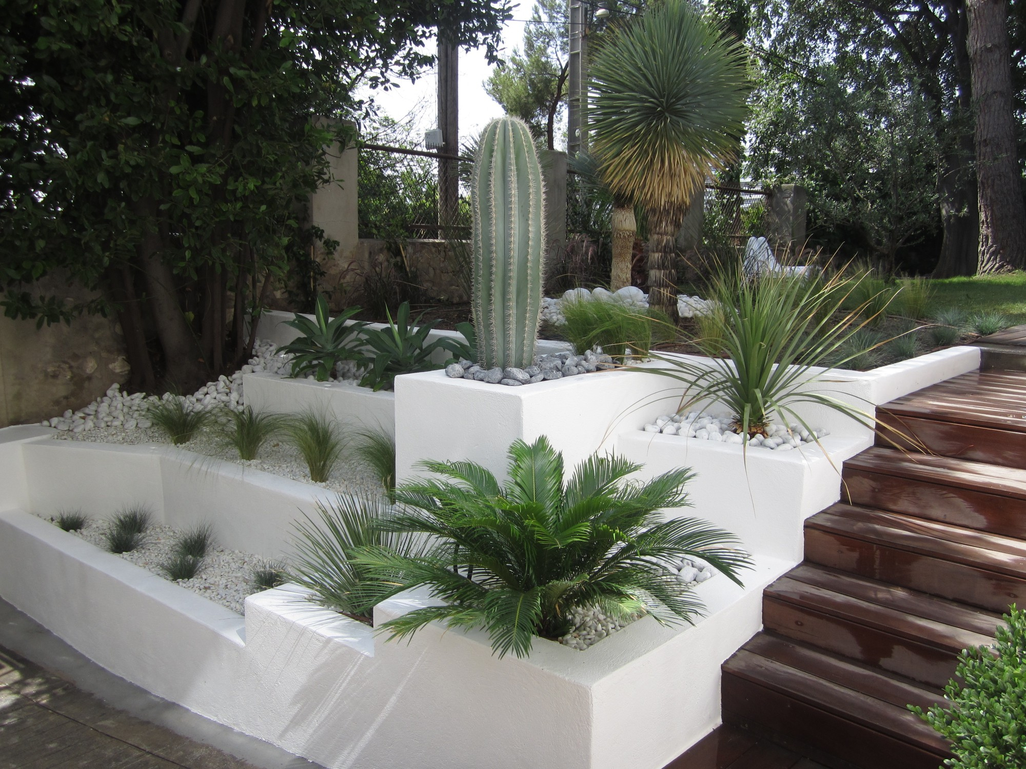 Cuisine: Crã©Ation Et Entretien De Jardin Paysagiste à ... serapportantà Decoration Jardin Zen Exterieur