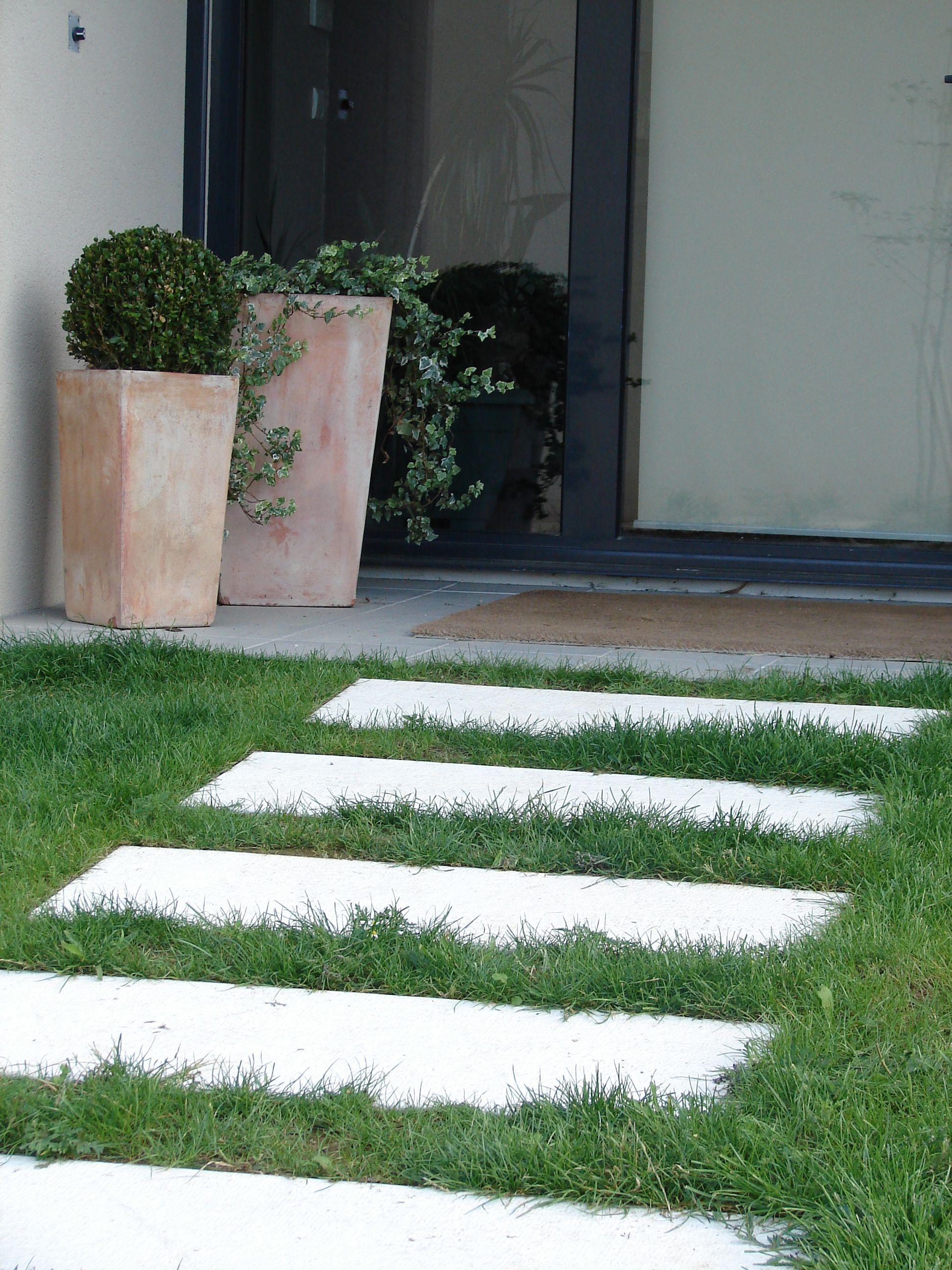 Dalles Rectangulaires (Pas De Jardin Japonais) Pour Créer ... serapportantà Modele De Jardin Japonais