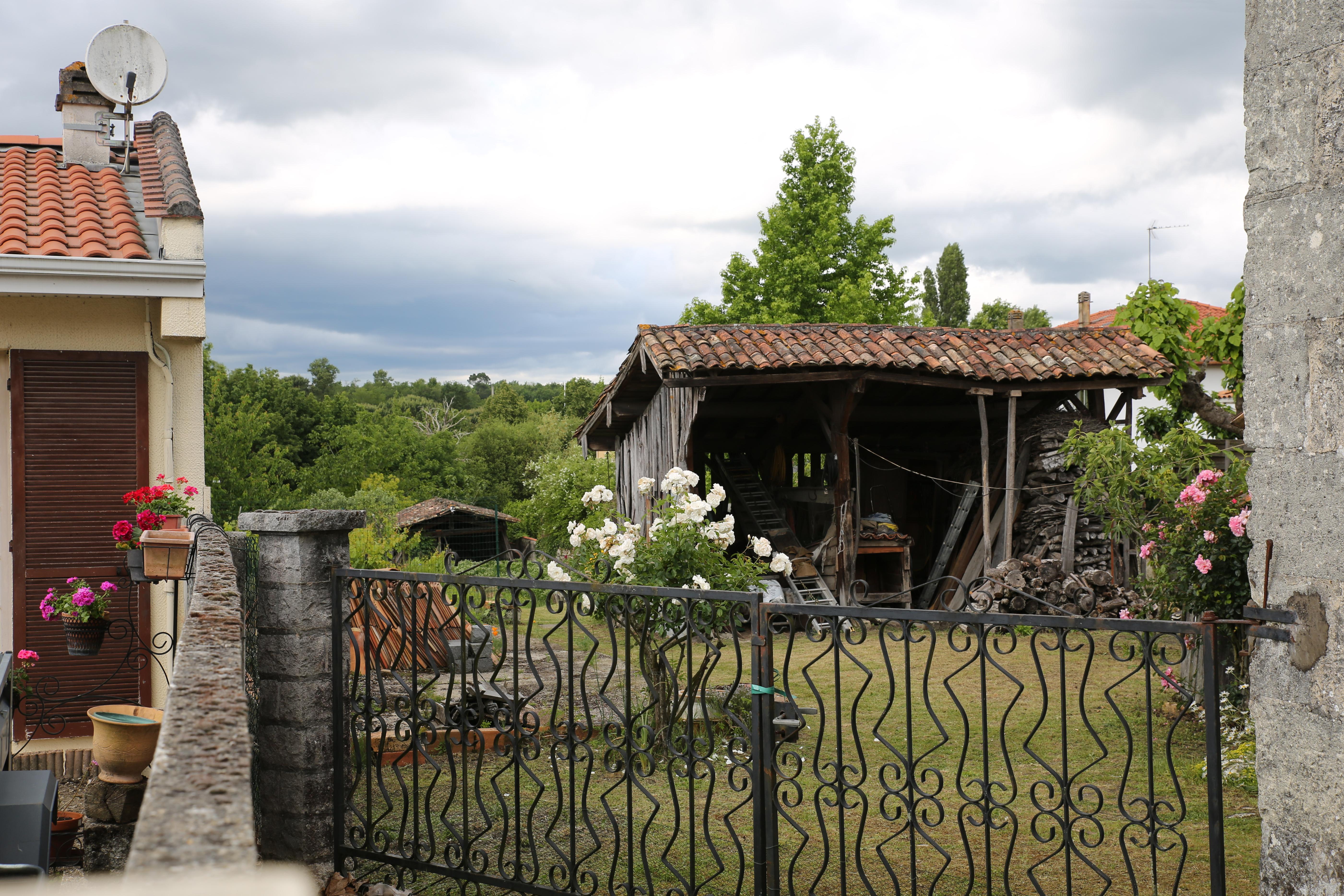 File:gajac-Abri De Jardin.jpg - Wikimedia Commons avec Abri De Jardin Original