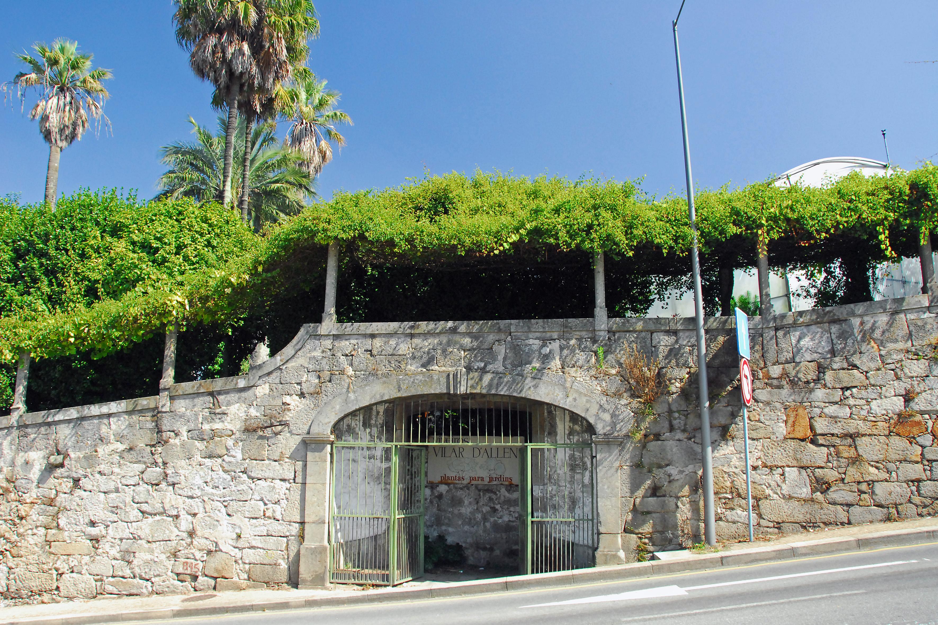 File:quinta De Vilar D´allen – Entrada Para A Quinta.jpg … pour Allae De Jardin