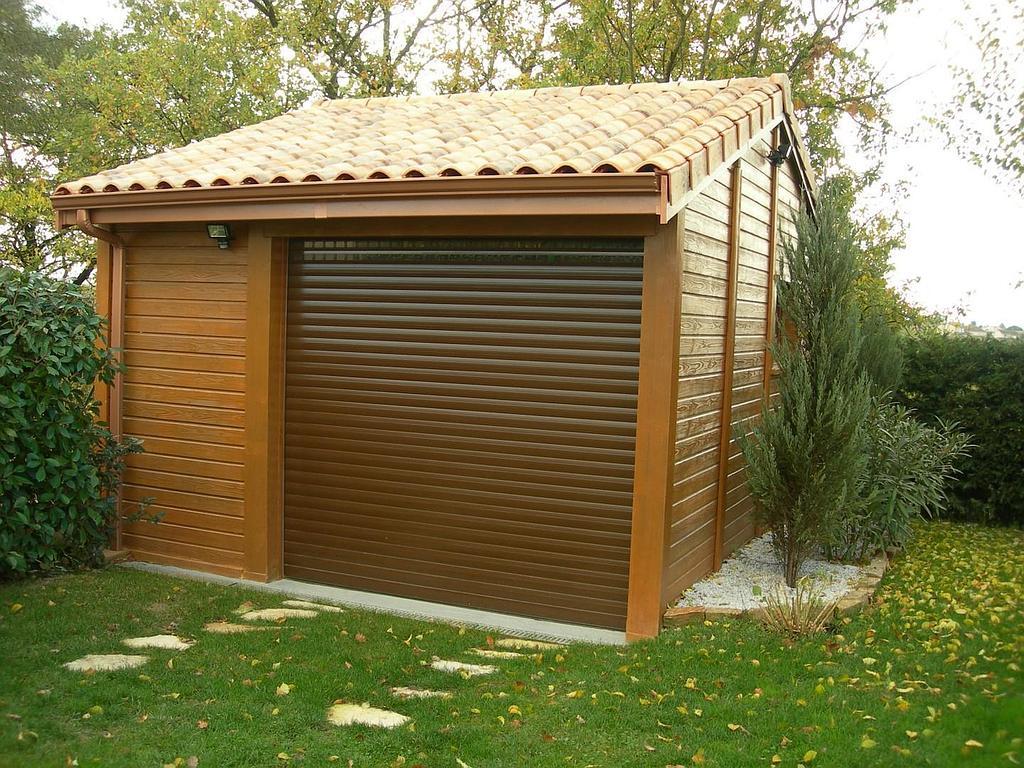 Garage: Garage Abri De Jardin à Abri De Jardin 30M2
