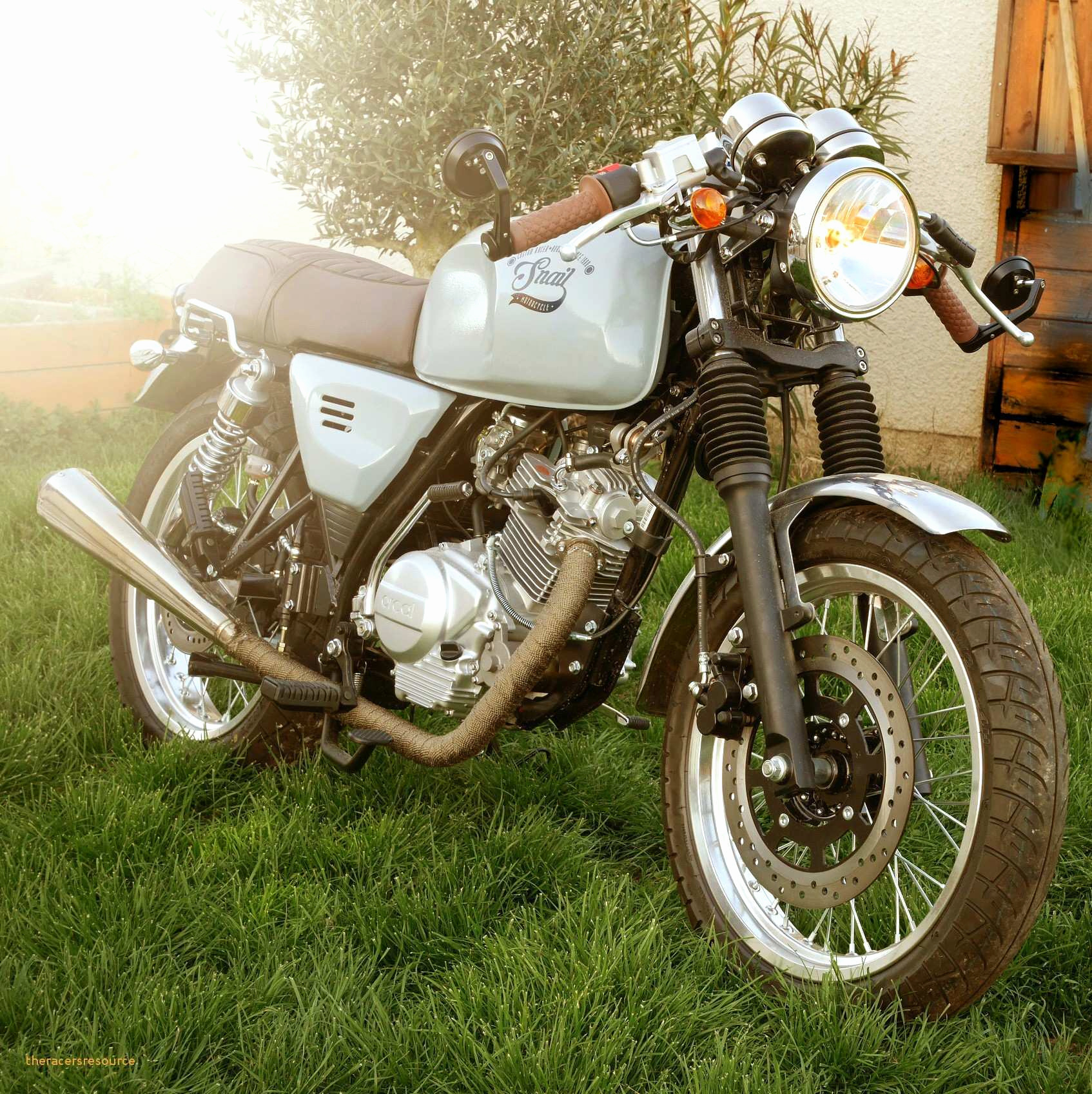 Garage: Garage Pour Moto pour Abri Moto Jardin