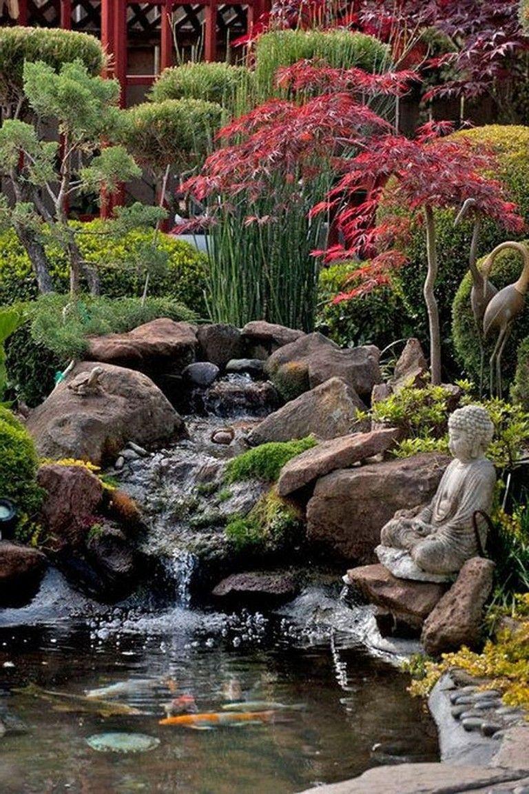 Génial La Petite Chute D'eau De L'étang De L'aménagement ... encequiconcerne Petit Jardin Paysager
