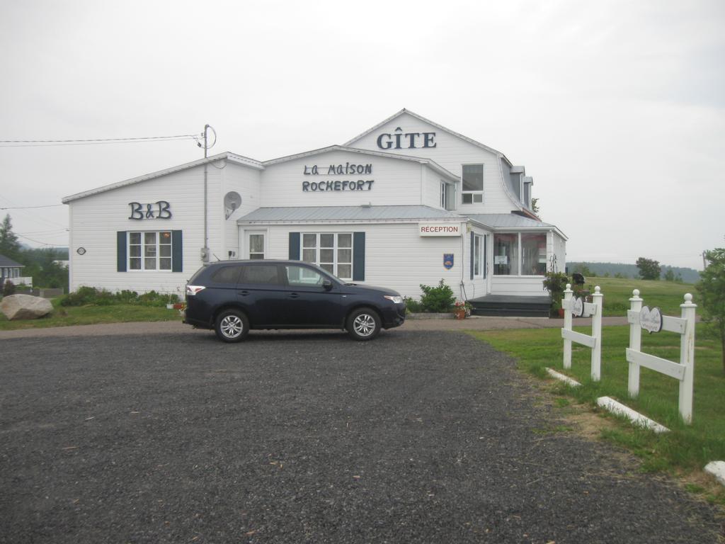 Gite La Maison Rochefort, Bed & Breakfast Baie-Sainte-Catherine encequiconcerne La Maison De Catherine
