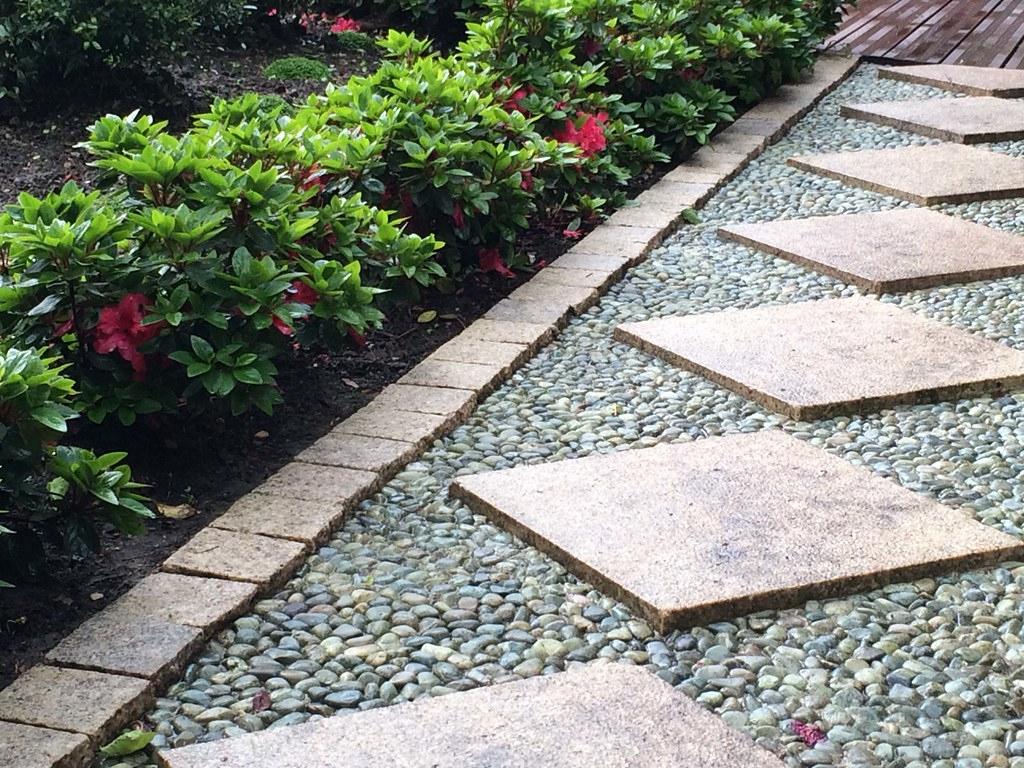 Jardin Japonais Rouge Allee | Conception Et Réalisation Jard ... destiné Allee De Jardin