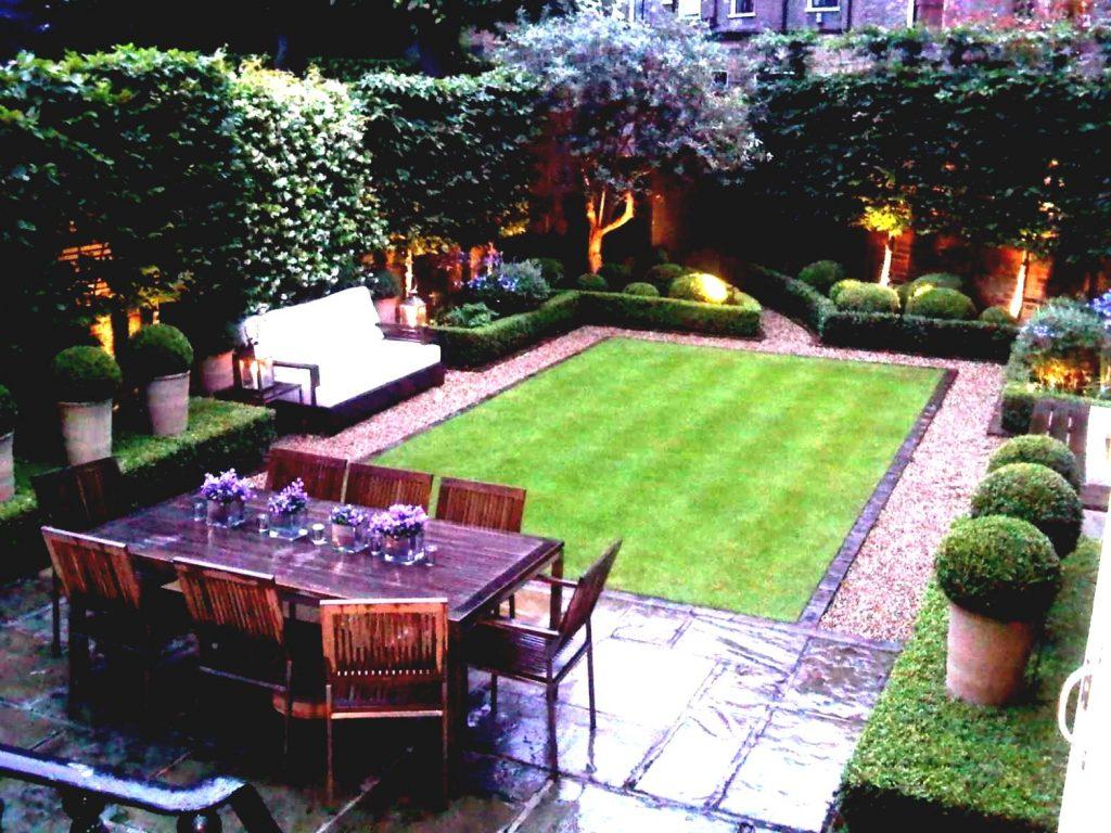 Jardin Rectangulaire À Aménager De Façon Particulière ... intérieur Amenager Jardin Rectangulaire