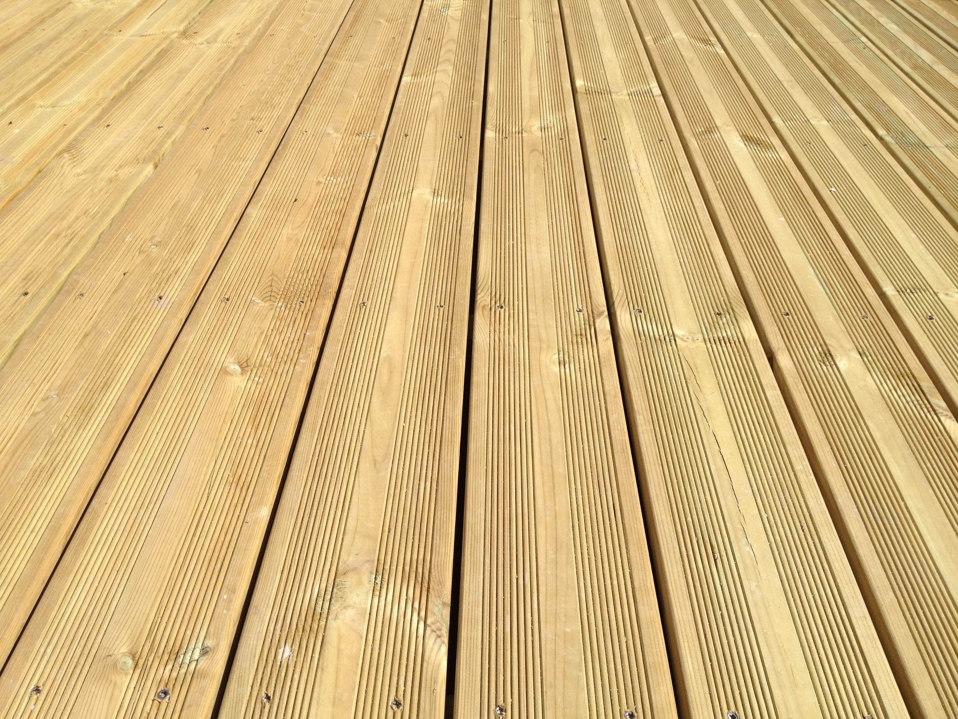 Lames Terrasse Pin 27X145Mm - Traité Cl4 Vert destiné Lame De Terrasse En Bois