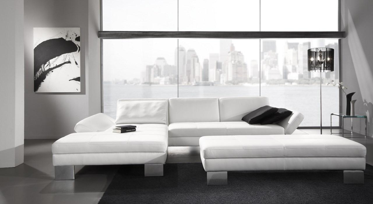Le Canape En Cuir Blanc Pour Une Decoration Epuree « Blog De ... destiné Canape Cuir Blanc