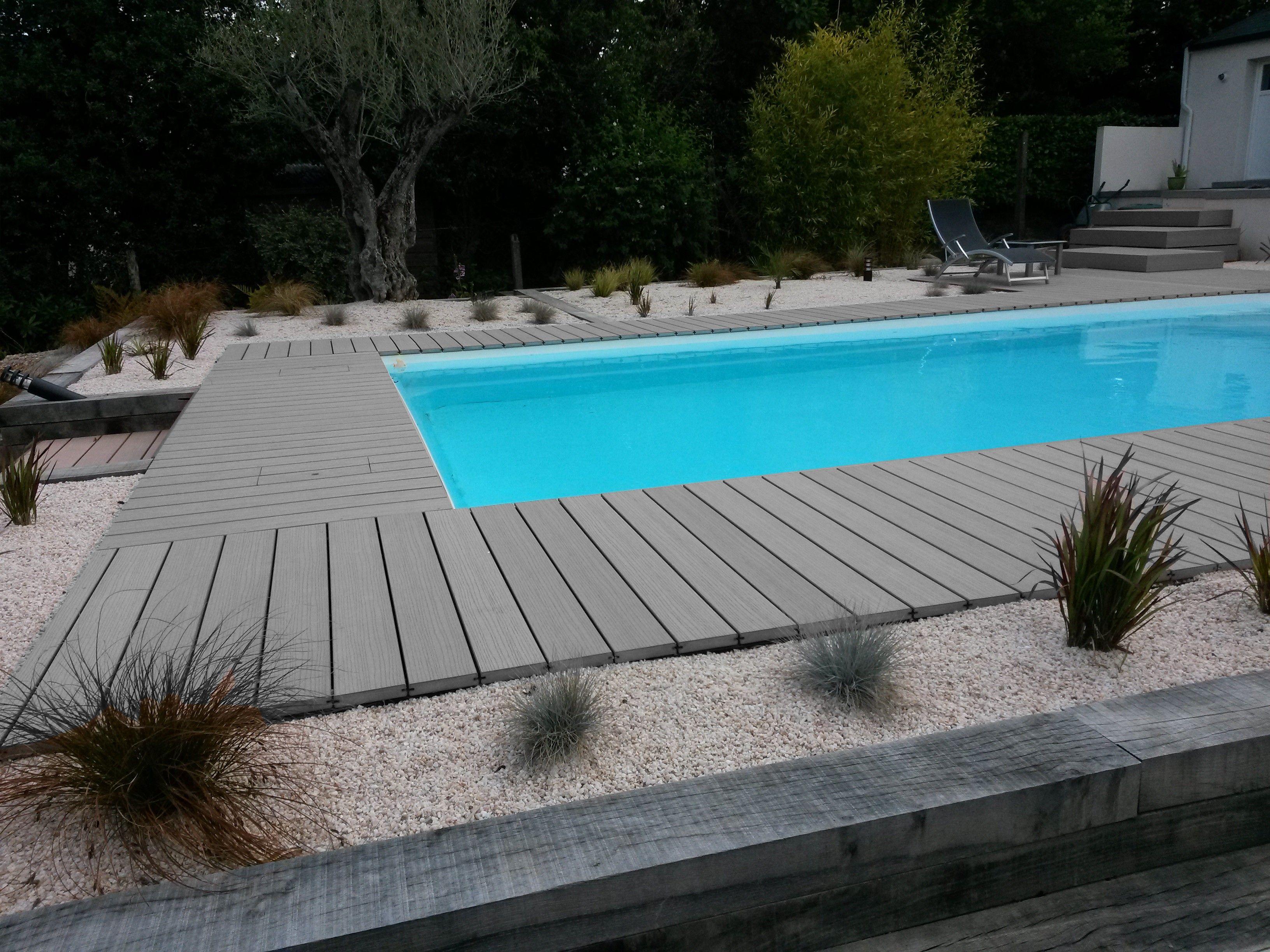 Les Lames De Terrasse En Bois Composite Pour Border Votre ... pour Bois Pour Terrasse Piscine