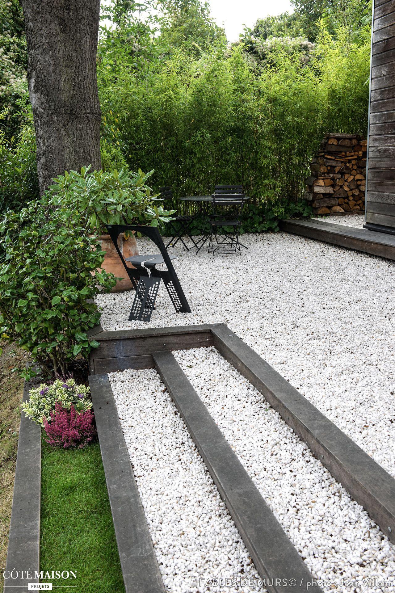 Les Terrasses Sont Construites En Bois Exotique Et ... dedans Terrasse En Cailloux