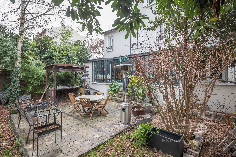 Maison Sur Trois Niveaux Avec Verrière Et Jardin À Bagnolet ... pour Verriere Jardin