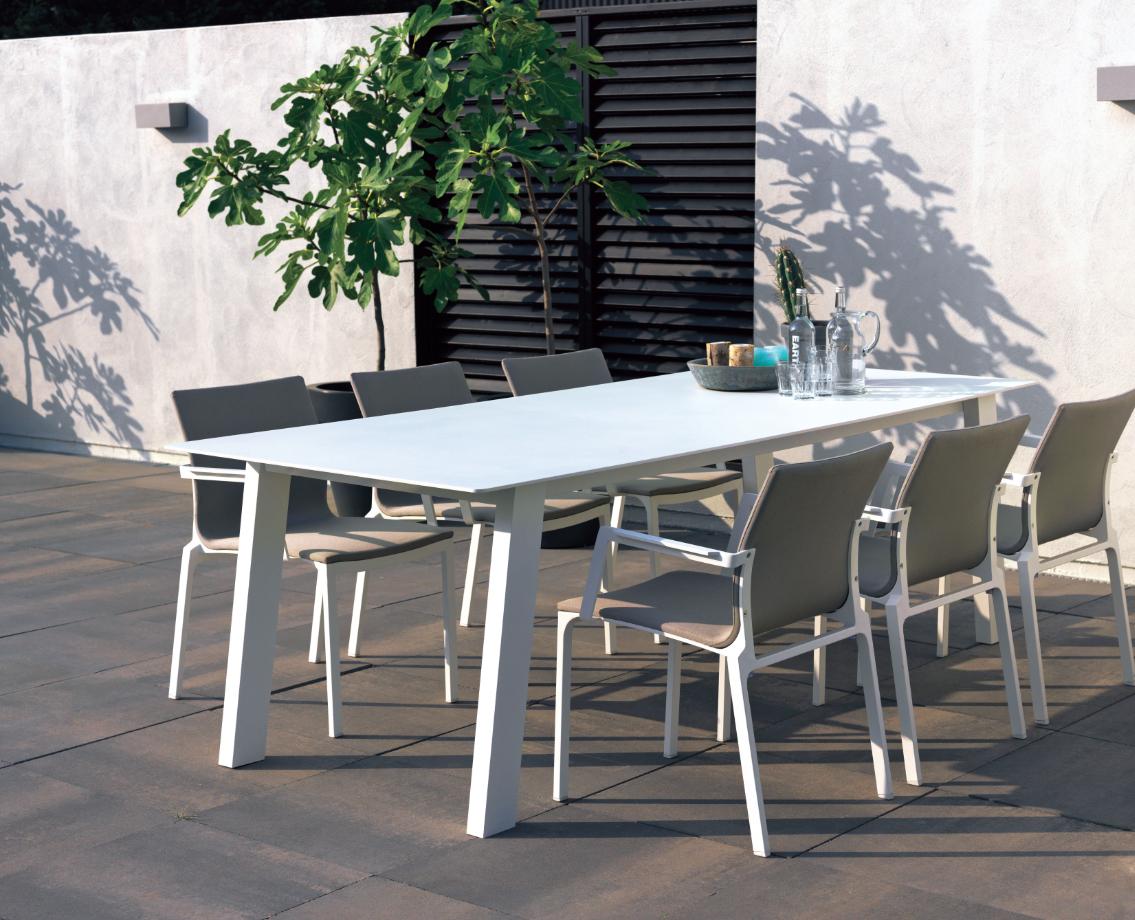 Mobilier De #jardin #truffaut | Vivre Au Jardin | Table ... serapportantà Salon De Jardin Truffaut