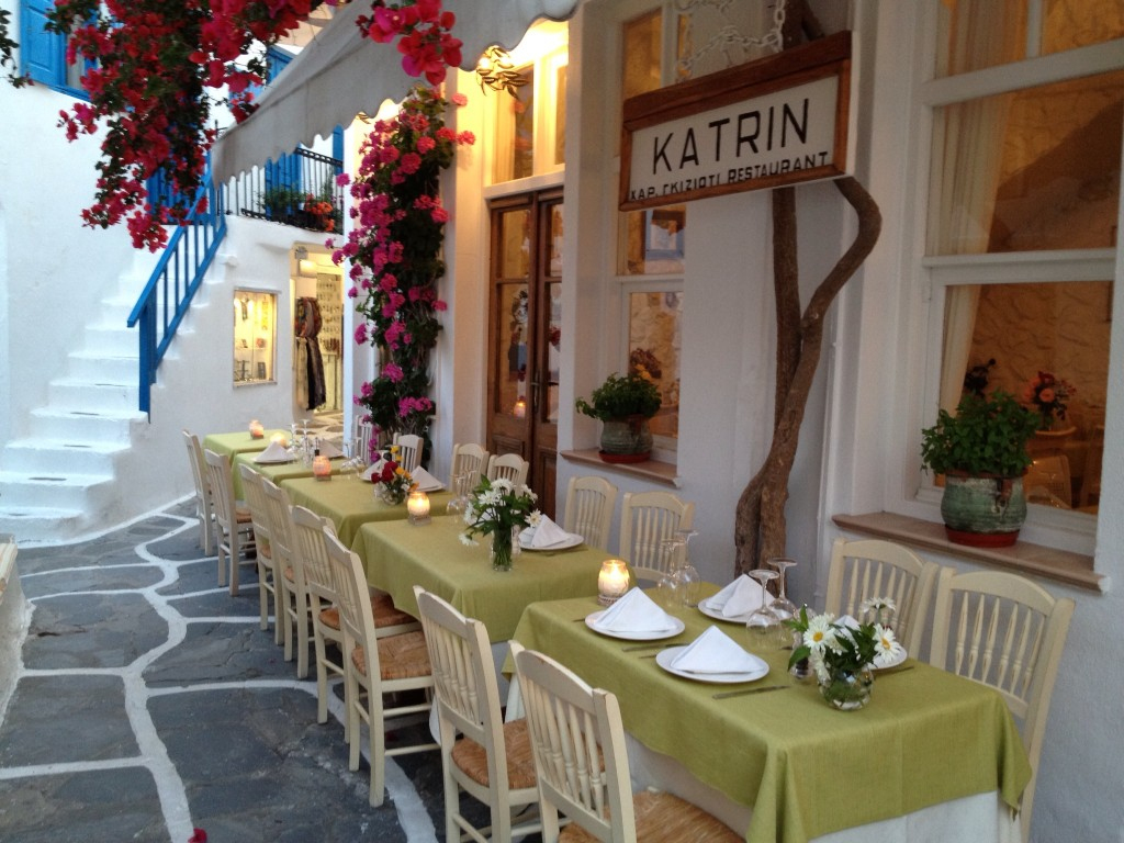 Our Mykonos Wedding: Fave Spots tout La Maison De Catherine