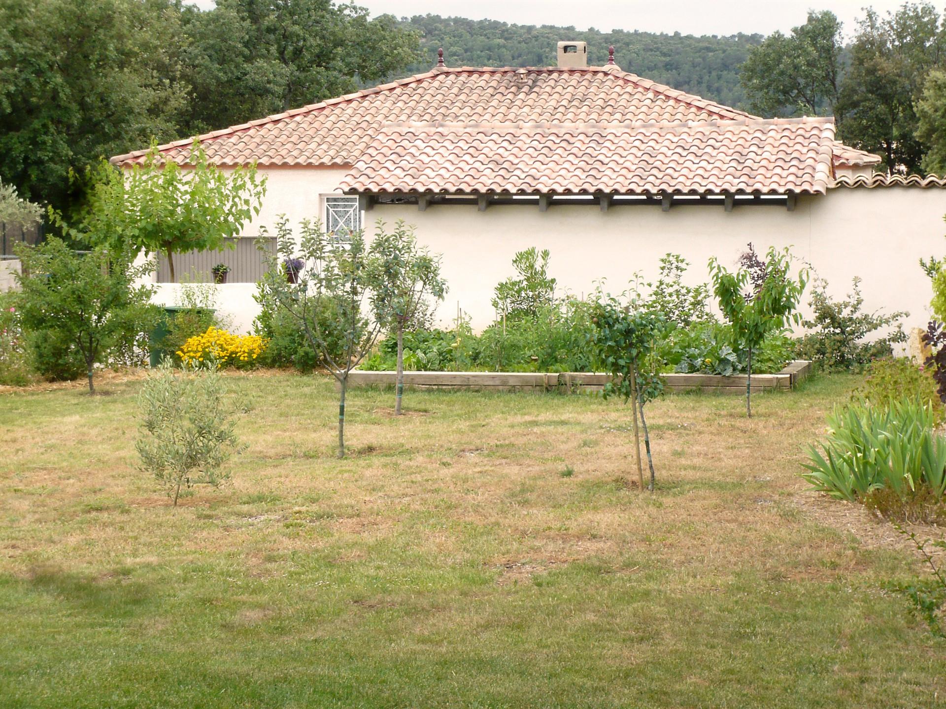 Paysagiste Pour aménagement De Jardin En Pente À Juvignac ... intérieur Amanagement Jardin En Pente