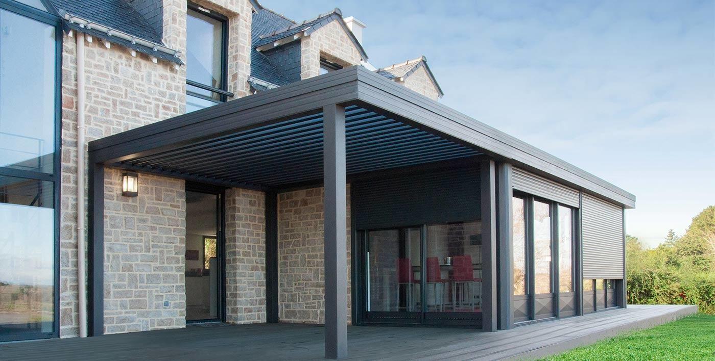 Pergola Aluminium Et Toiture Plate Véranda Aluminium Wallis& ... pour Toit Terrasse Aluminium