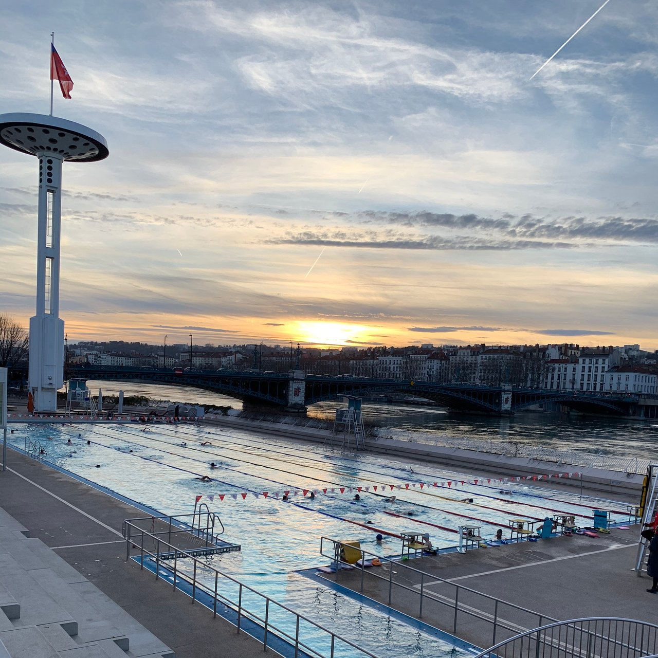 Piscine Du Rhone (Lyon) - 2020 All You Need To Know Before ... destiné Piscine Lyon 7