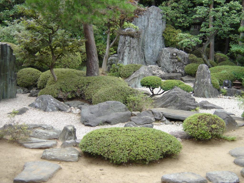Quelle Est La Composition D'un Jardin Japonais Ou Zen ? pour Modele De Jardin Japonais
