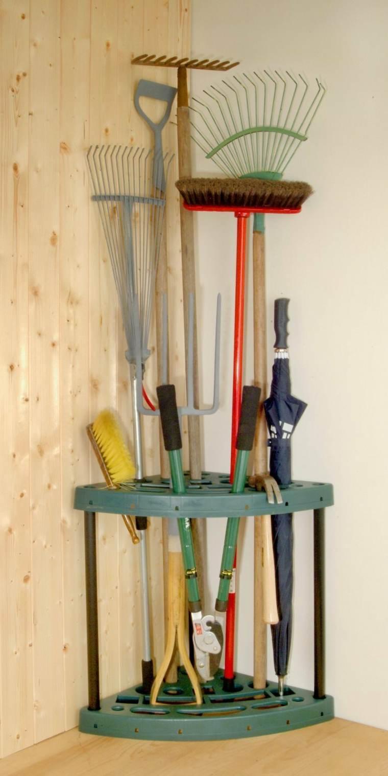 Range Outils De Jardin Et Organisation Du Garage concernant Range Outils De Jardin