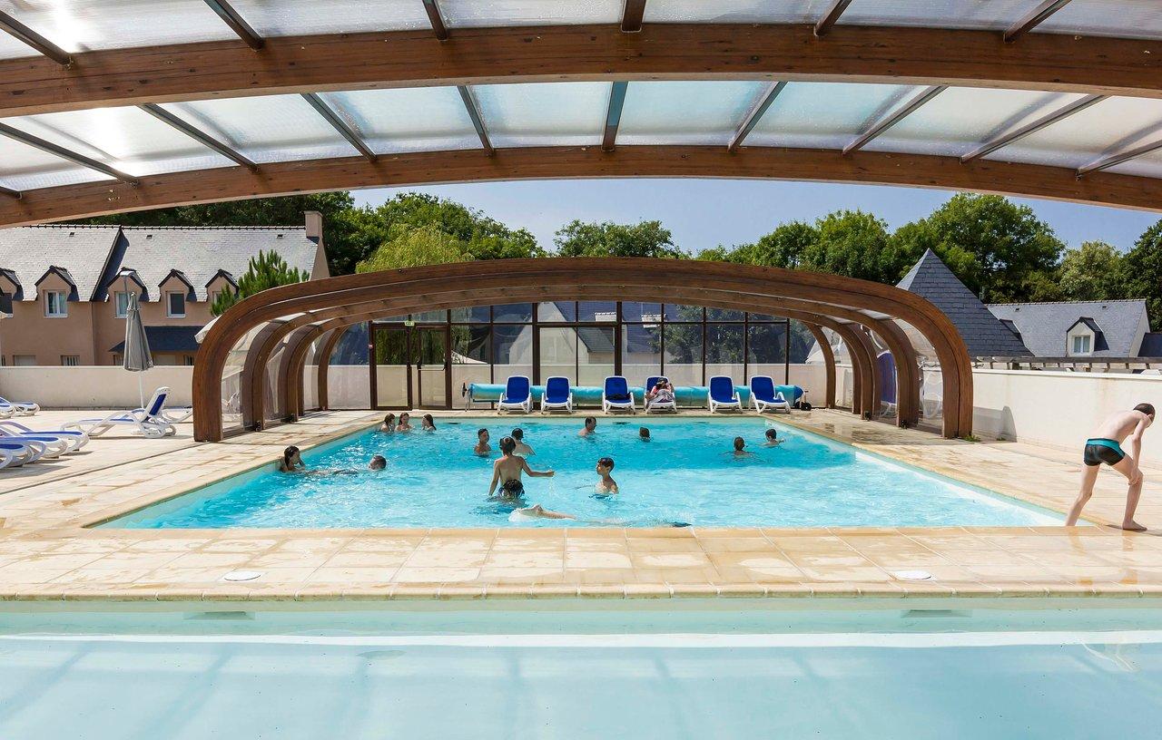 Residence Odalys Horizon Morgat - Prices & Condominium ... intérieur Piscine Vernouillet