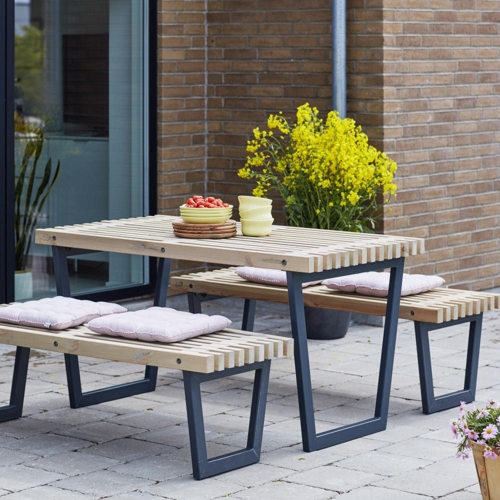 Siesta Garden Table Set Including Table, 2 Garden Benches ... dedans Table Jardin Bois