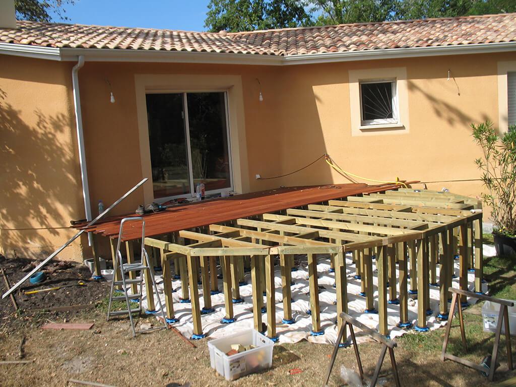 Terrasse Bois En Gironde (33) - Gregg Paysages destiné Terrasse Bois Pilotis