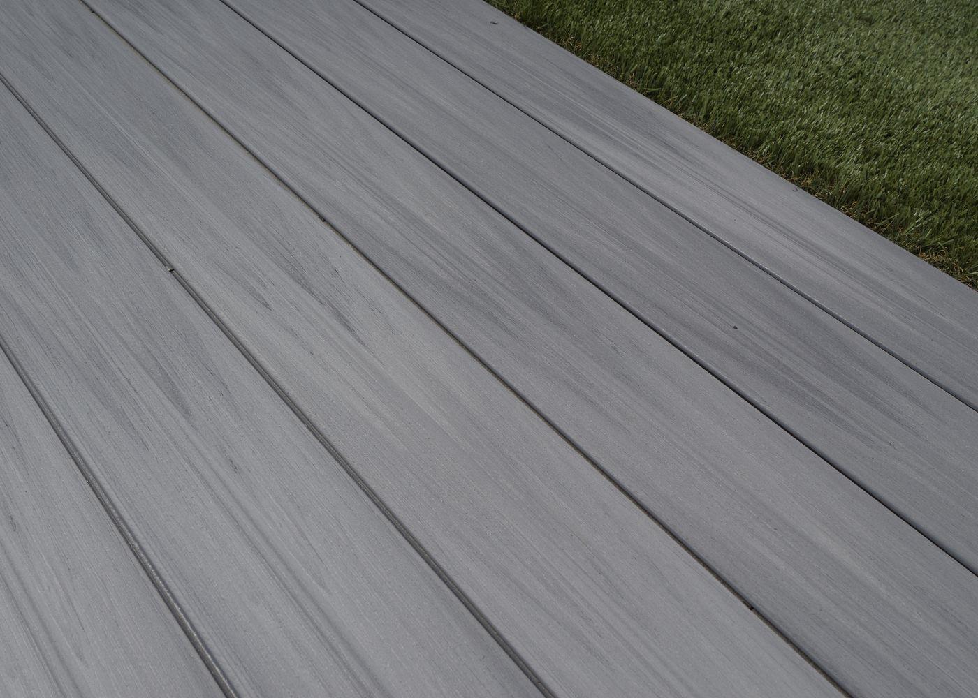 Terrasse Composite Co-Extrudé Gris Ushuaia à Terrasse Bois Composite