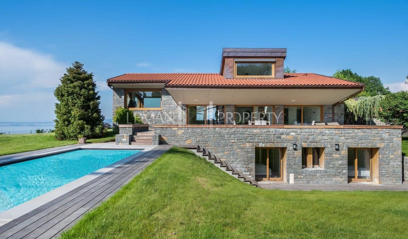 Vente Villa De Luxe Evian-Les-Bains | 1 990 000 € | 266 M² tout Piscine Evian